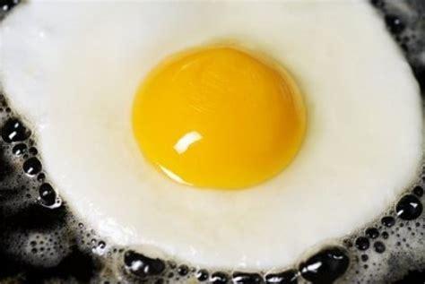 Teflon Telur cara membuat telur mata sapi maudi s