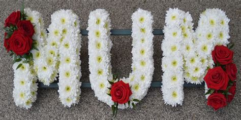 same day funeral flower delivery fromyouflowers send funeral flowers nationwide same day funeral flower