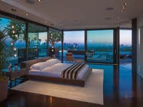 With amazing views of los angeles catalina and the coastline of