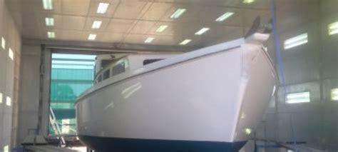 boatyard paint vessel re paint gippsland ports and boatyards
