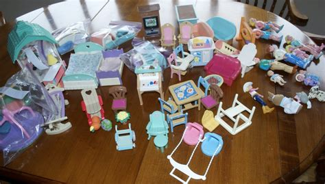 talking dollhouse 90s fisher price loving family dollhouse values