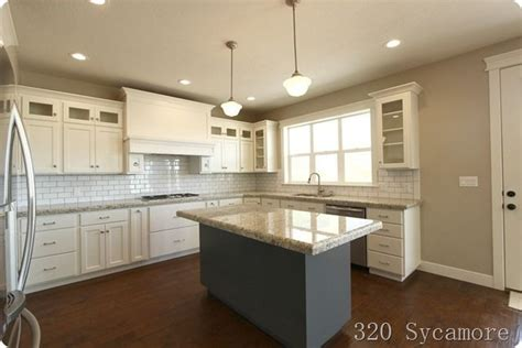 Revere Pewter Kitchen Cabinets 320 Sycamore S Kitchen White Dove Cabs Revere Pewter Walls Giallo Ornamental Granite