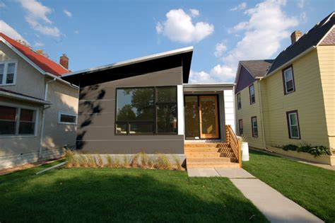 Modern Modular Homes by Modern Small Prefab House By Hive Modular Digsdigs