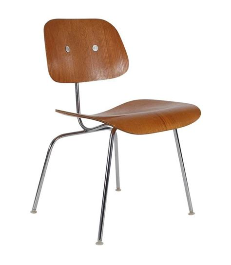 Eames Plywood Dining Chair Set Of Six Charles Eames For Herman Miller Dcm Plywood Dining Chairs At 1stdibs