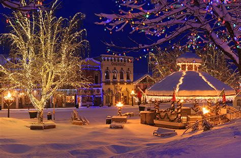 lighting stores in hton roads 10 best small towns for the holidays huffpost