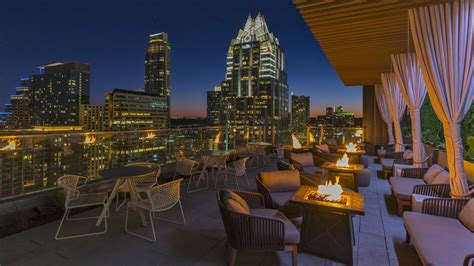 Roof Top Bar And Grill by Rooftop Pool The Westin Downtown