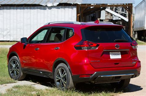 Nissan Rogue Hybrid by 2017 Nissan Rogue Hybrid Priced 1 000 Above Standard
