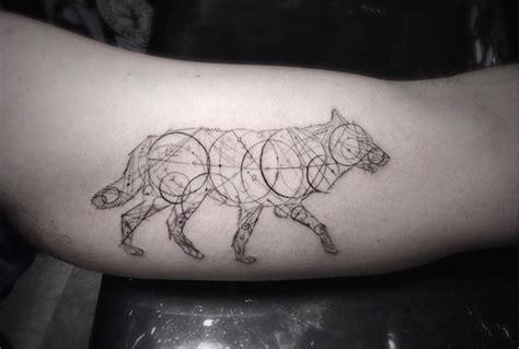 20 sublimes tatouages g 233 om 233 triques dessin 233 s avec une