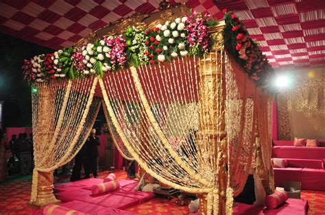 blindly trust us for your wedding decoration