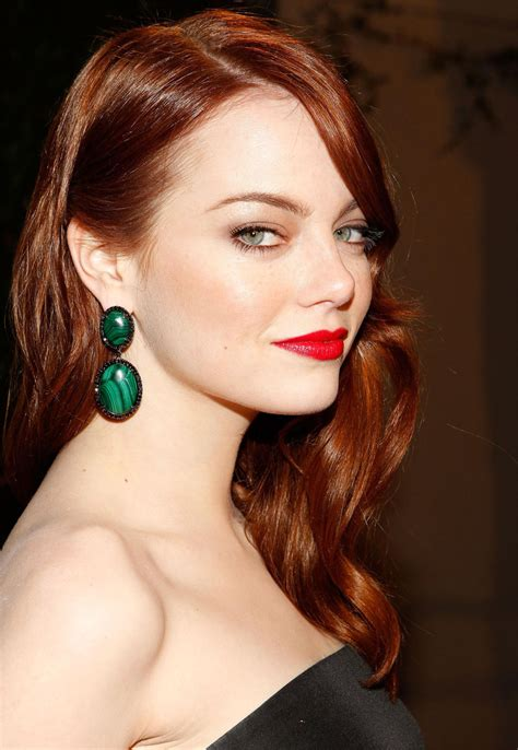 who is actress emma stone emma stone famous face