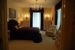 elvis bedroom pictures elvis bedroom graceland photos