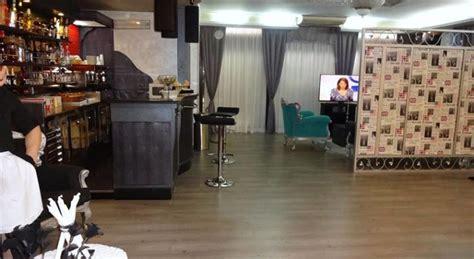 alberghi con vasca idromassaggio in napoli suite eleganti per notti romantiche camere a tema con