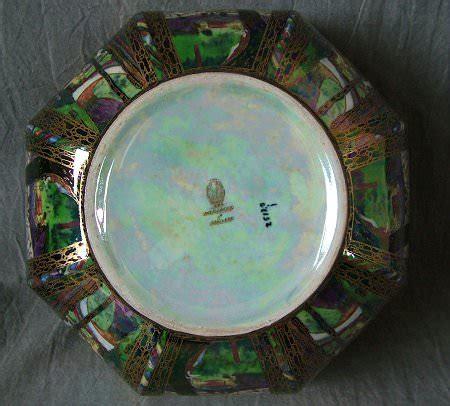 pattern maker portland wedgwood fairyland lustre octagonal bowl
