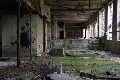 abandoned buildings www imgkid com the image kid has it