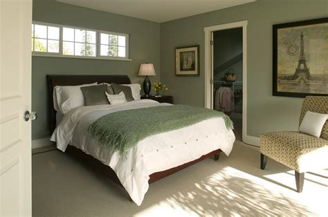 Warm Relaxing Bedroom Colors by How To The Paint The Psychology Of Colors