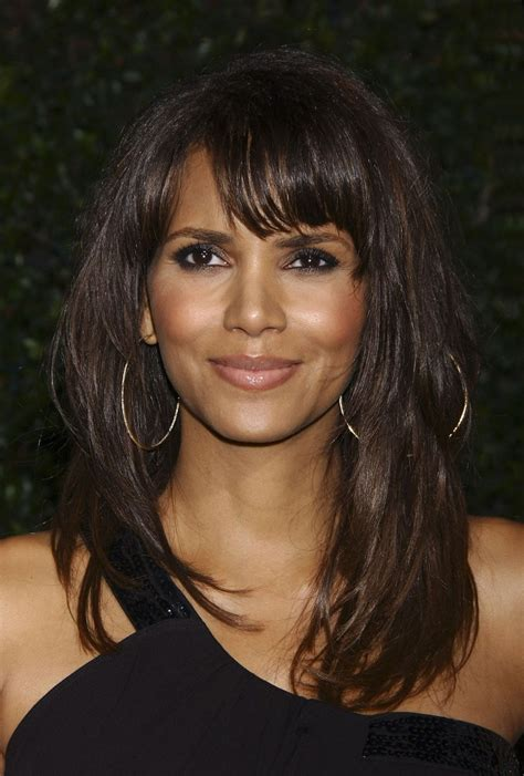 real women hairstyles over 50 halle berry at things we lost in the fire la premiere