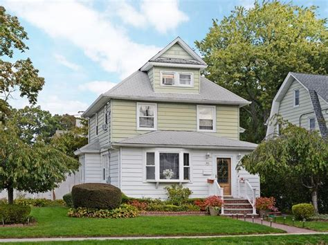 houses for sale lynbrook ny den fireplace lynbrook real estate lynbrook ny homes for sale zillow