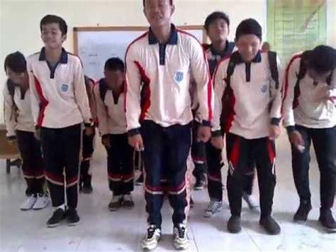 download mp3 gratis kerinci goyang caesar joget keep smile versi anak tgb smkn 1