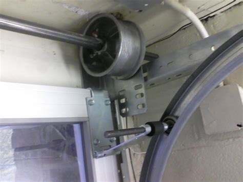 Low Clearance Garage Door Hinges by Low Clearance Garage Door Hinges Wageuzi