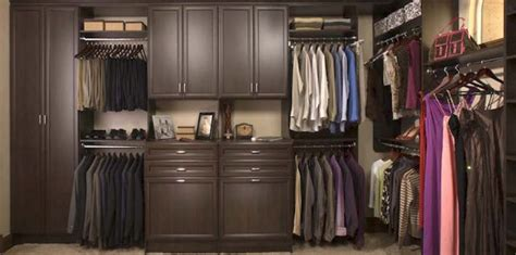 Custom Closets Ct by Custom Closets And Garages Hang It Up Closets