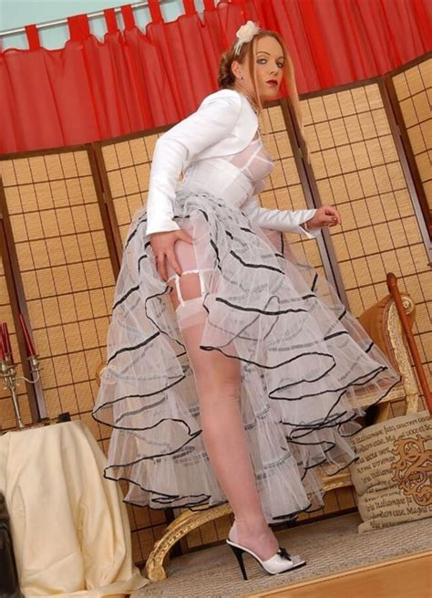 petticoat my man 110 best images about pettycoat girls on pinterest