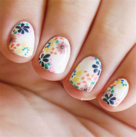 Nails Blumen 20 flower nail design ideas easy floral manicures
