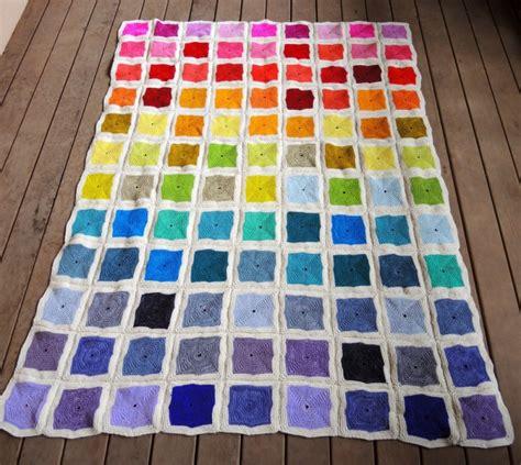 quadrate patchwork decke häkeln schoenstricken de patchworkdecke stricken aus bunten