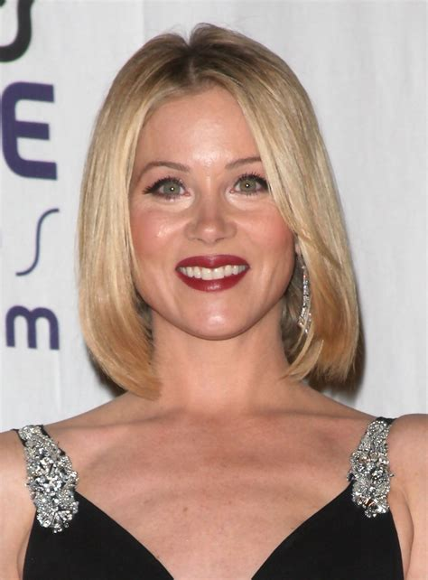 christina applegate hairstyles christina applegate short hair christina applegate