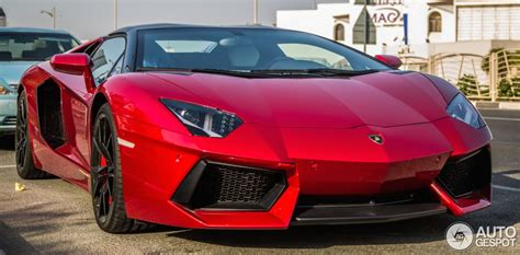 Shimmering Beauty: Candy Red Lamborghini Aventador Roadster