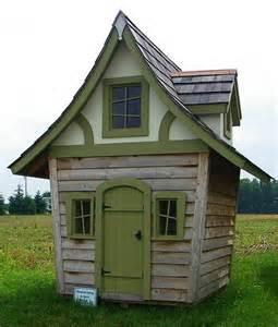 tiny house sheds and house on