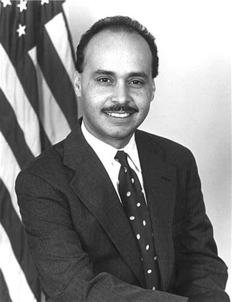 Luis Gutierrez Office hispanic americans in congress guti 233 rrez