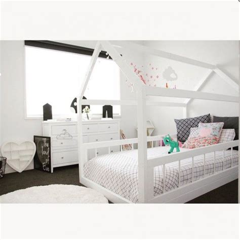 toddler bed house best 25 house beds ideas on pinterest