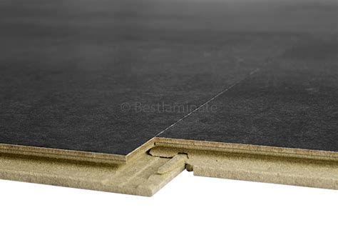 5 reasons to install tile laminate flooring in your home