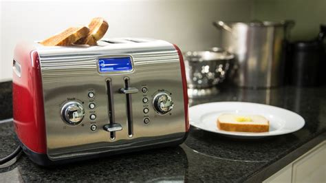 Kitchenaid Toaster Oven Reviews by Kitchenaid 4 Slice Manual Toaster Review Cnet