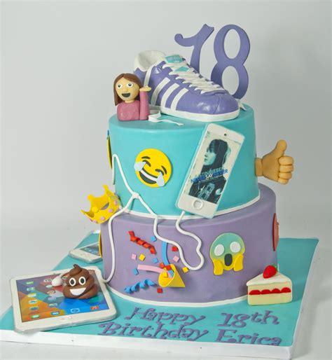 Wedding Cake Emoji by Emoji Cake Cakecentral
