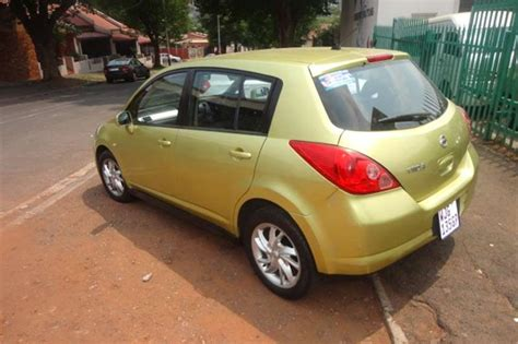 nissan tiida 2008 gold 2008 nissan tiida hatch 1 6 acenta cars for sale in