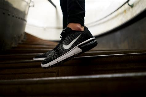Nike Air Max Sequent 2 Black 852461005 1 here s why the nike air max sequent 2 is understated