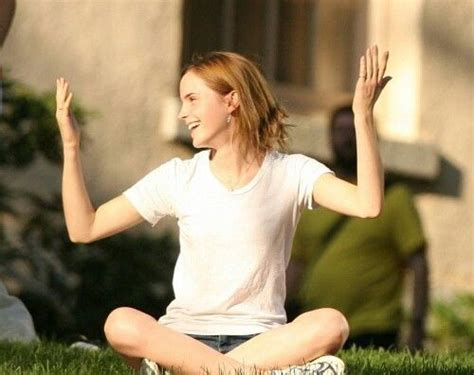 emma watson yoga emma watson she s so cute the gorgeous emma watson