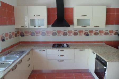 id馥 de cr馘ence pour cuisine modele de cuisine moderne en tunisie