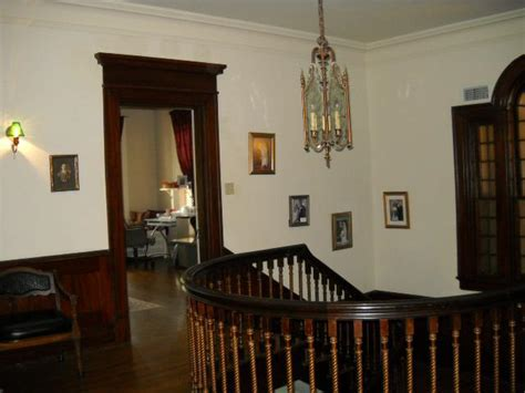 bed and breakfast tulsa the historic kennedy mansion bed and breakfast downtown