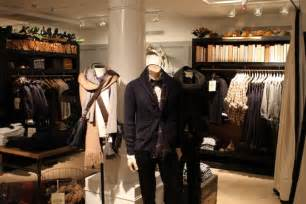 club monaco outlet glamshops visual merchandising shop reviews club monaco s shop toronto