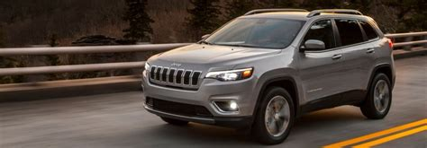 2019 Jeep Trailhawk Towing Capacity by Engine Options And Towing Capacities Of The 2019 Jeep