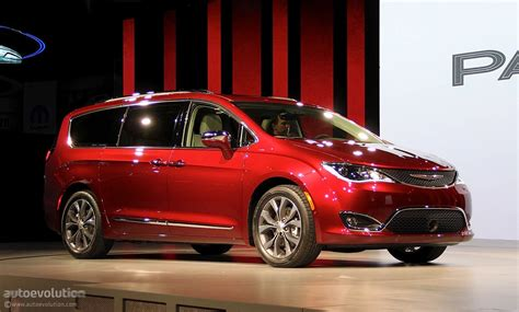 2012 Chrysler 200 Review Consumer Reports by 2017 Chrysler 200 Reviews Ratings Prices Consumer Reports