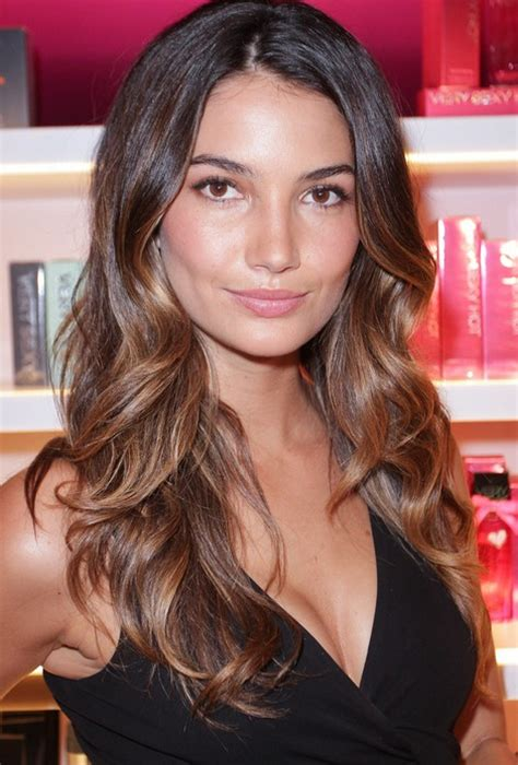 2015 hair colour trends wela lily aldridge edium auburn dark golden blonde highlights