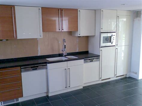 kitchen units s o neill electrical ltf fitted kitchen 2 gallery page