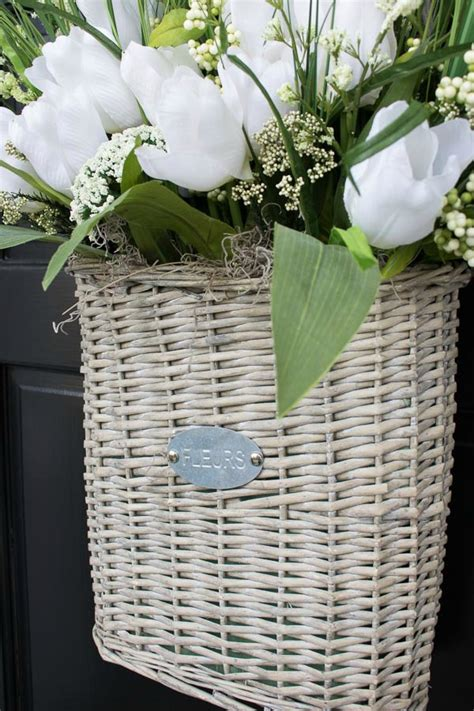 six gorgeous wreaths to dress up your front door