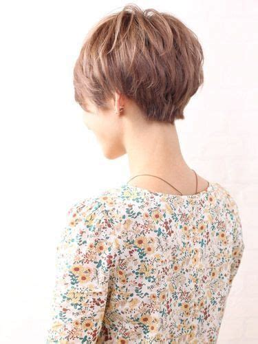 how much does a pixie haircut cost this is the back of a pixie cut that s not too short a