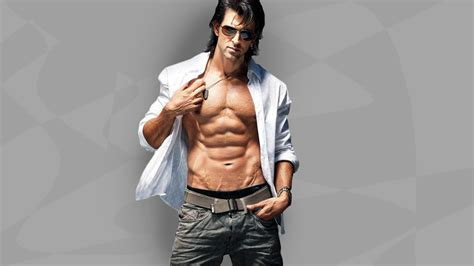 hrithik roshan fitness this workout changed hrithik roshan s body gq india