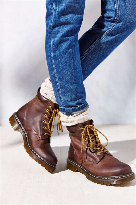 Sepatu Boots Dr Martin Docmart Maroon 224 best doc martens images on zapatos boots and doc martens