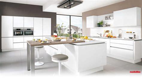 küchen hängeschrank beleuchtung anbauwand buche